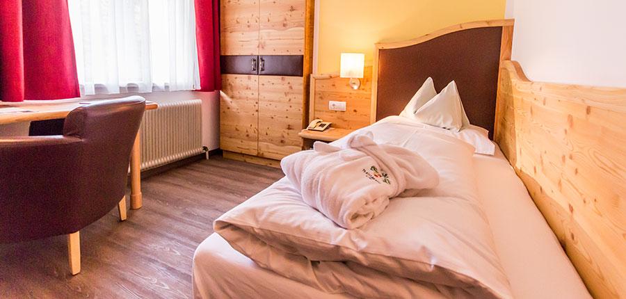 Hotel Trattlerhof, Bad Kleinkirchheim, Austria - single room.jpg